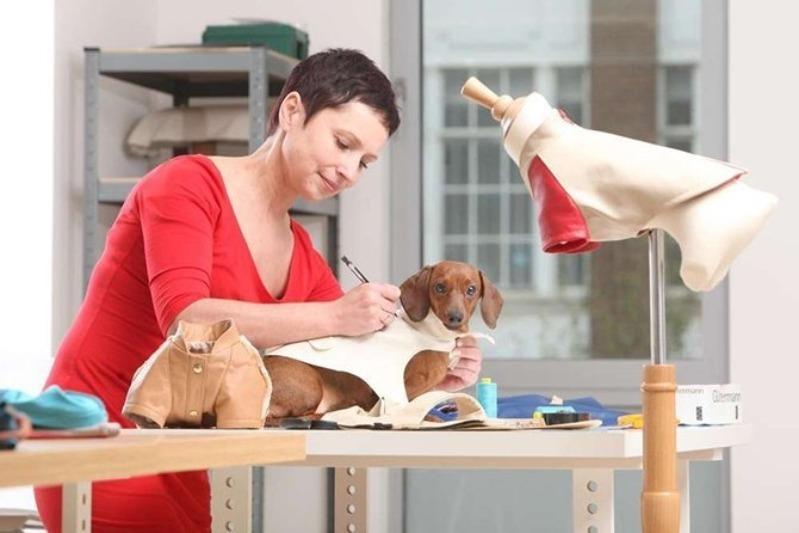 Собачий модельер: как я стала зарабатывать на пошиве одежды для собак больше, чем на основной работе